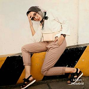 1). sL- Zara Basic Pant 01 Cream MUDA