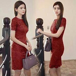 1). LVR.7 DRESS KENDAL MAROON