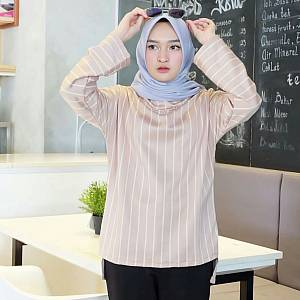 1). Blouse 02 CREAM