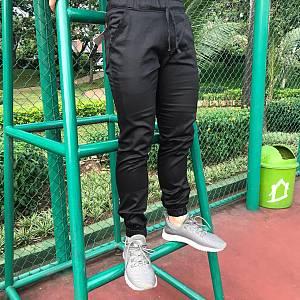 Black joggerpants
