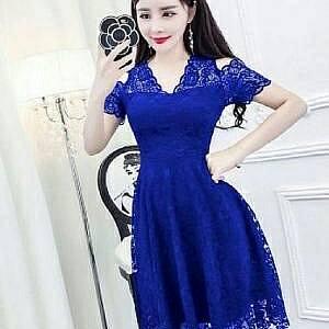 1). LVR.8 DRESS HANIN BENHUR